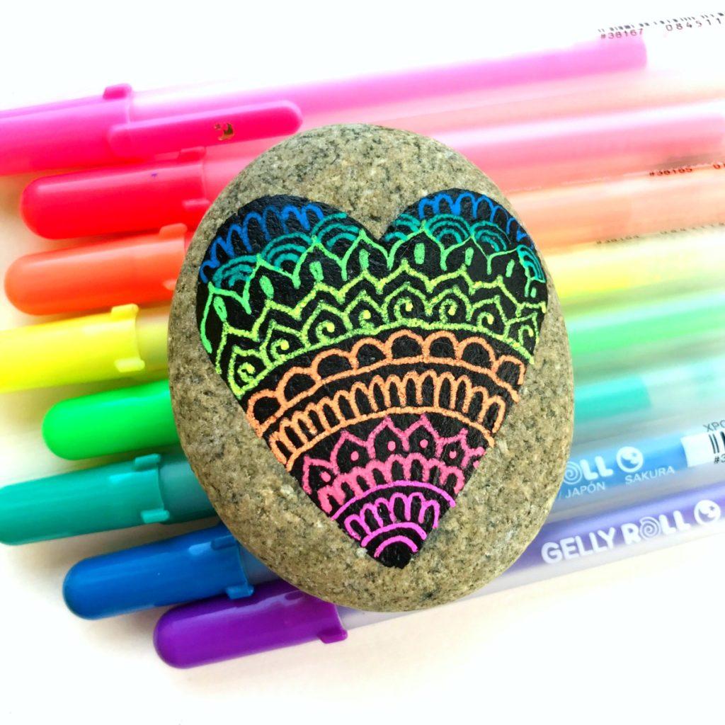 How To Draw Mandala On Rocks