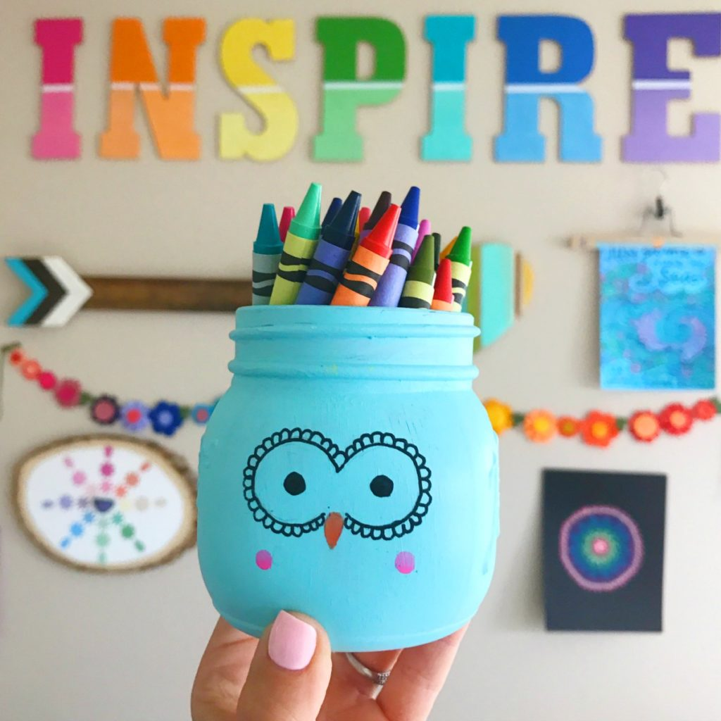 Painted Mason Jar owl for holding crayons