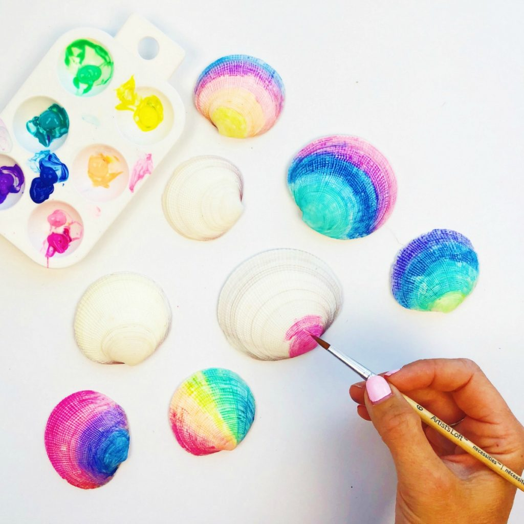 Painted Sea Shells with Puffy Paint