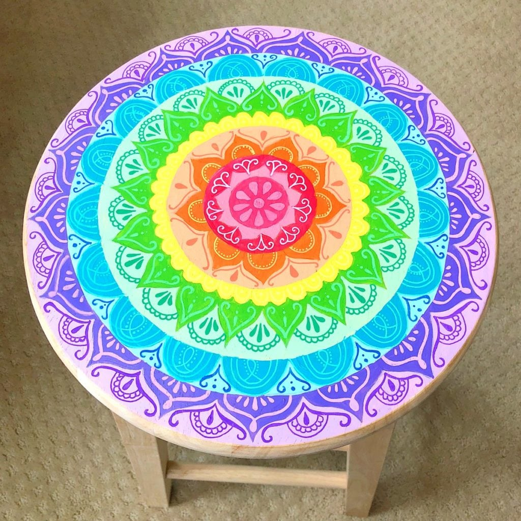 How to Paint a Mandala Wooden Stool