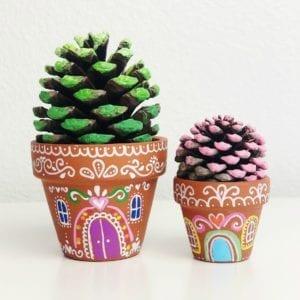 Gingerbread House Craft thumbnail