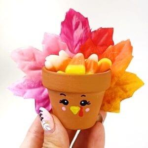 Turkey Craft for Thanksgiving Flow Pot Craft thumbnail