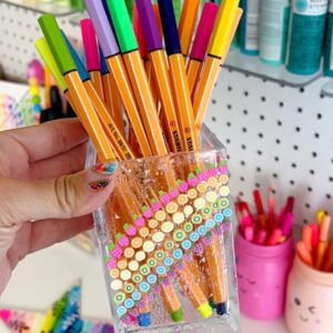 Pen and Pencil Storage for Craft Room thumbnail